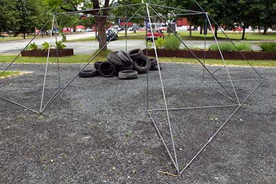 untitled sculpture, Skjoenne Sjeler